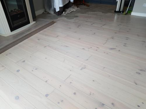 Grey Lime wash on French Pine 2